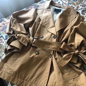 Banana Republic tie sleeve trench jacket/coat